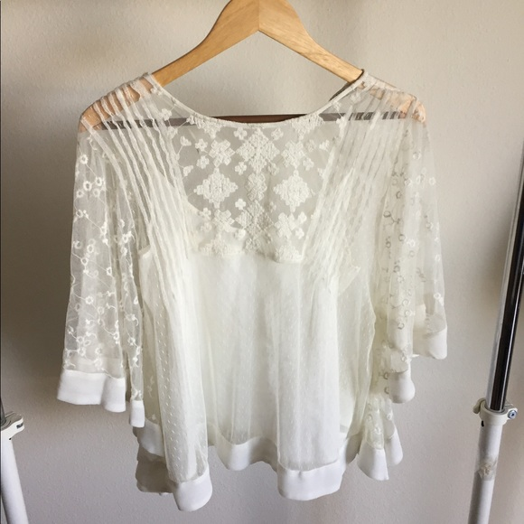 36ab61a0 Zara Tops | White Lace Top Camisole Attached Like New | Poshmark